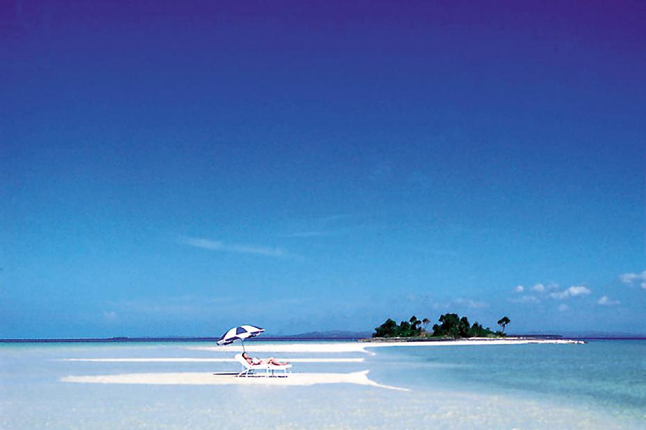 憧れのホワイトビーチ&透明な海