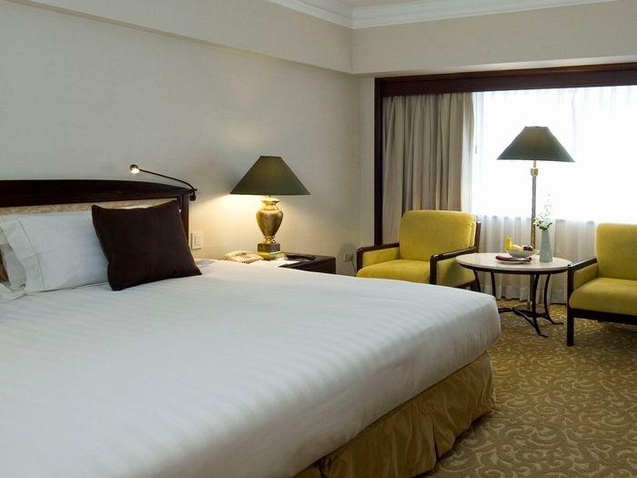 【関西発】フィリピン航空直行便《午前発》で行く!マニラ4日間!マカティ地区・ビジネスエリアへのアクセスも良好♪『デュシタニホテル・デュシットルーム』に滞在♪《往復送迎・朝食付》