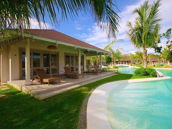 【羽田発/深夜便】フィリピン航空で行く!ボホール島3泊5日間♪広大なプールエリアが魅力的!『ボホールショアーズ・プールアクセスヴィラ』に滞在♪《往復送迎・朝食付》