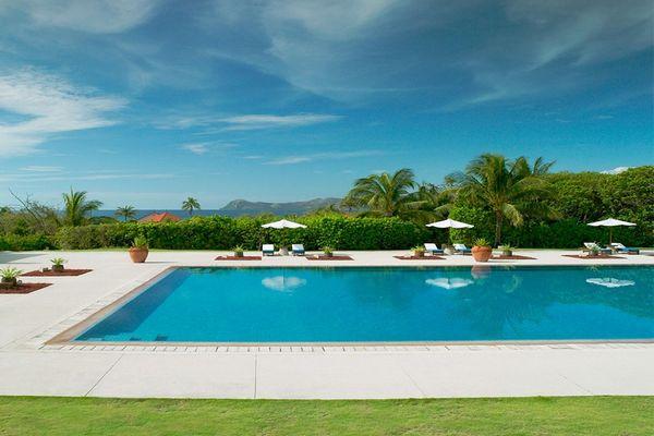 パマリカン島・アマンプロのプール