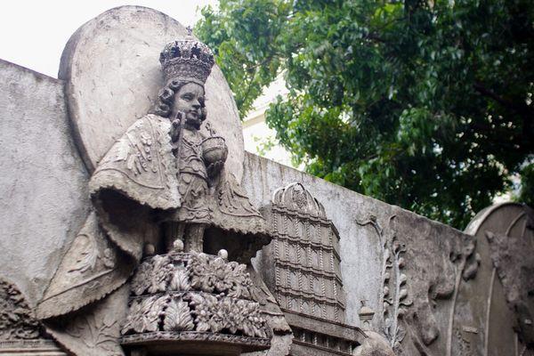 フィリピン サントニーニョ教会のサントニーニョ像