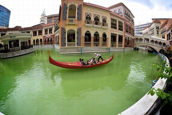 ベニスグランドキャナルモールの運河