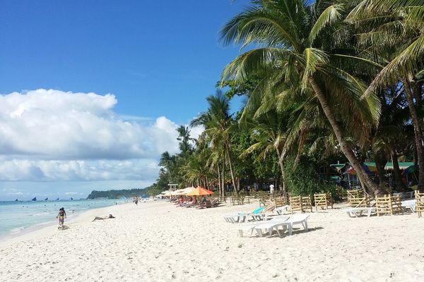 フィリピン ボラカイ島のビーチ
