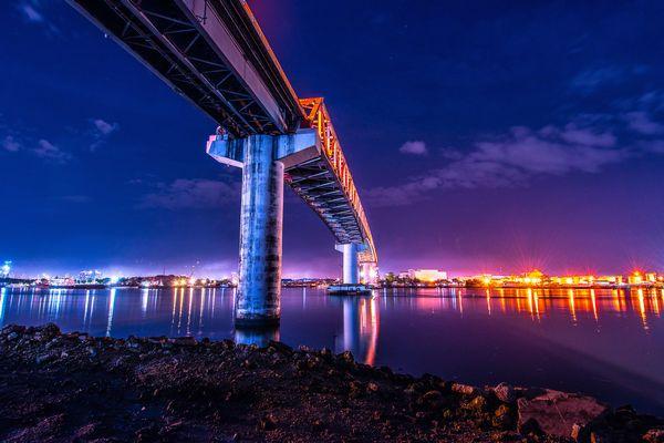 セブ島とマクタン島をつなぐosmena bridge