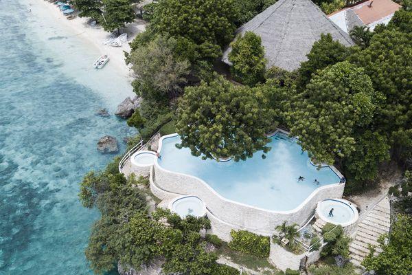 フィリピンのスミロン島