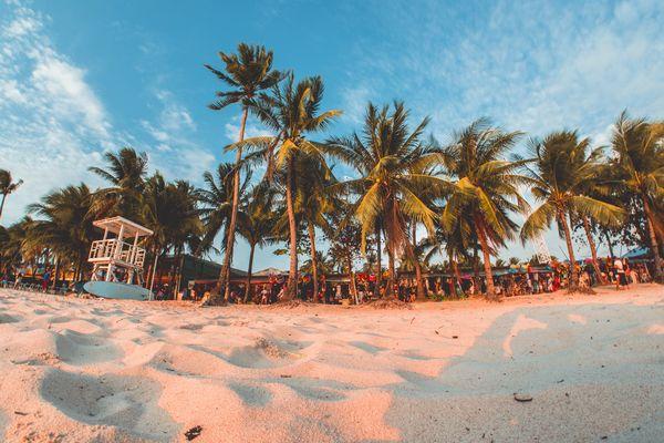フィリピン・ボラカイ島の砂浜