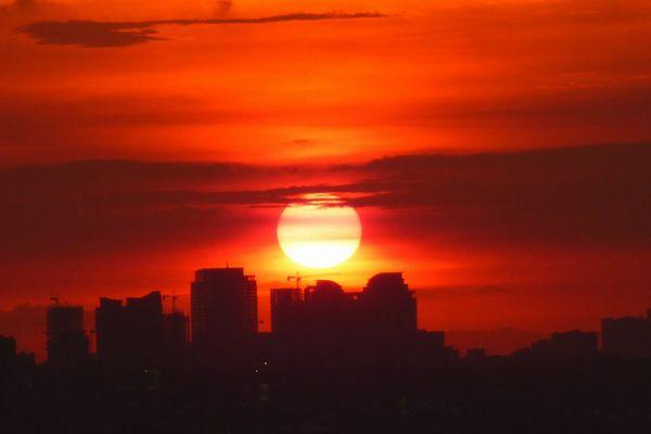 フィリピン・マニラの夕日