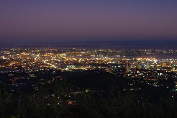 フィリピン・セブ島のトップスからの夜景