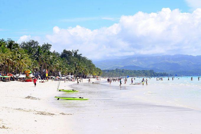 フィリピン・ボラカイ島のホワイトビーチで満足の旅を♪