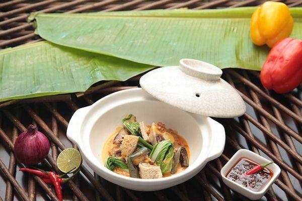 フィリピン料理 カレカレ